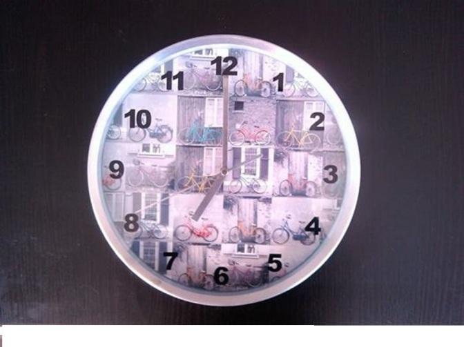Sobre un reloj parado: nuestro modo de percibir el tiempo y como conectamos con lo que nos rodea.